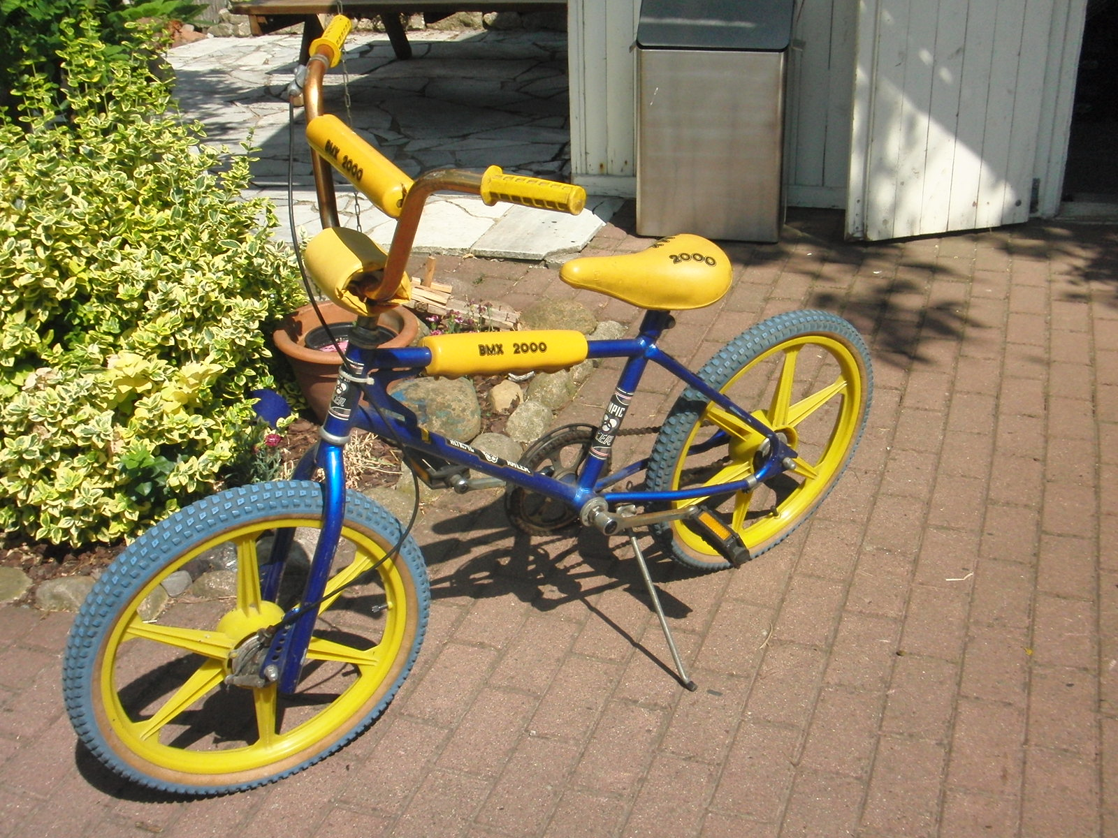 Yellow And Blue Bmx Bikes In Leeds 49